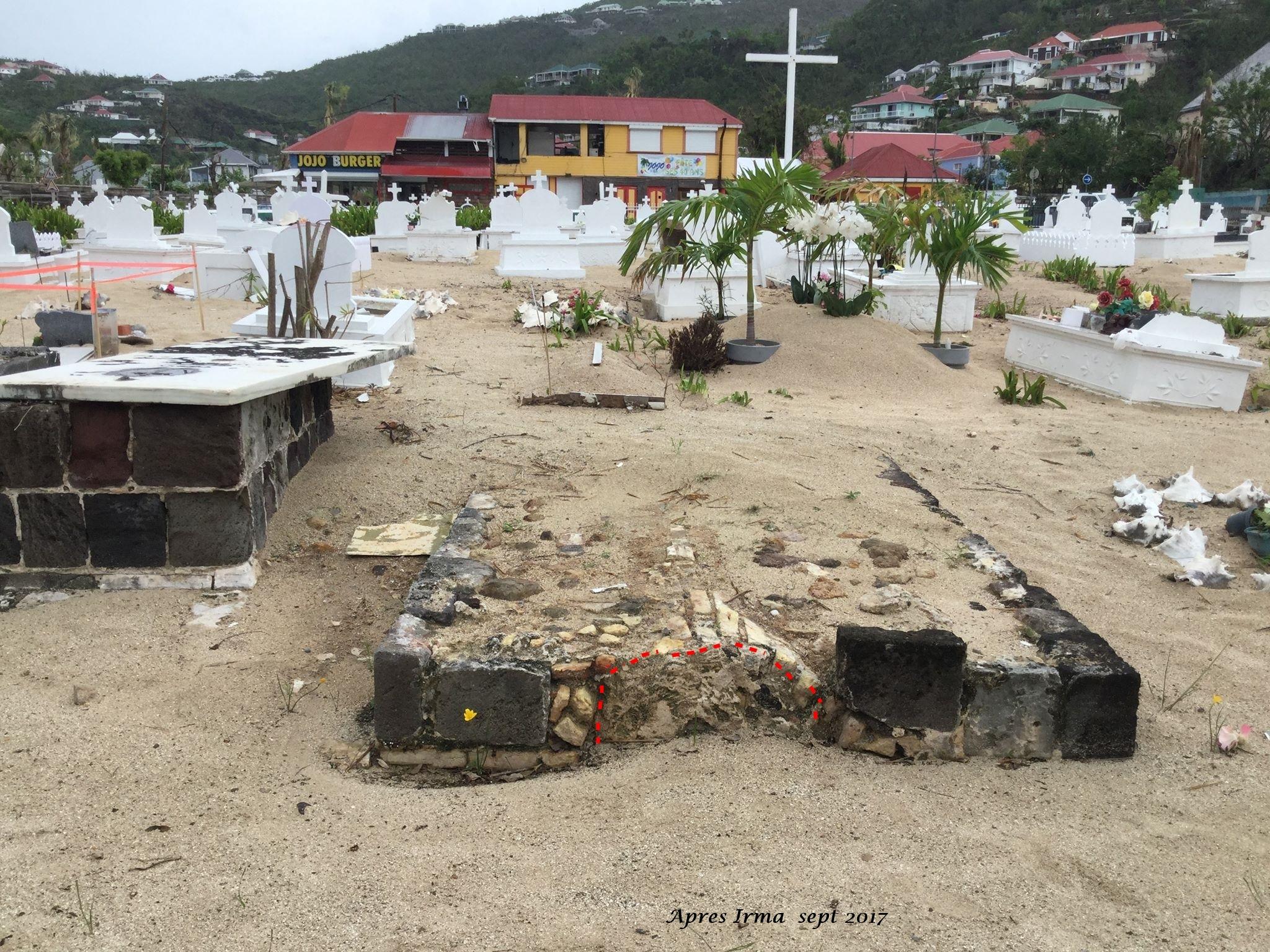 Tombe Uddenberg - Johnny Hallyday après Irma